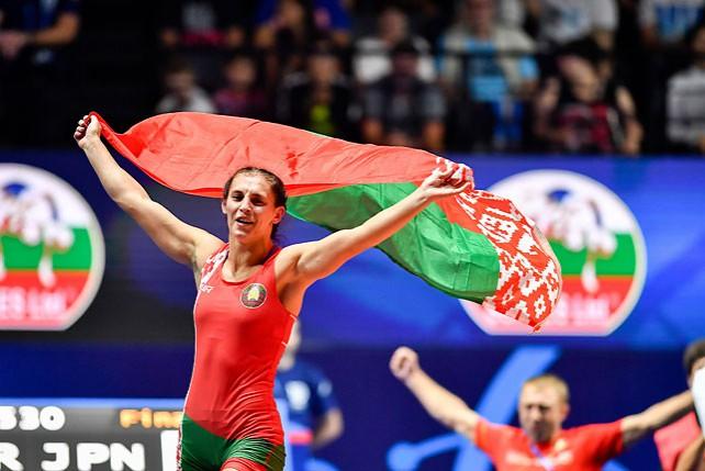 Белоруска Ванесса Колодинская завоевала золото ЧМ по спортивной борьбе