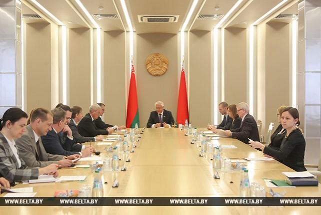 Михаил Мясникович встретился с послами стран ЦЕИ