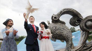 Сказочные скульптуры открыли в Витебске ко Дню города