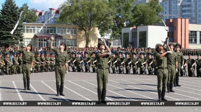 Войска Минского гарнизона готовятся к параду в честь Дня Независимости