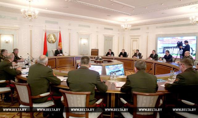 """Учение """"Запад-2017"""" в Беларуси необходимо провести максимально прозрачно - Лукашенко"""