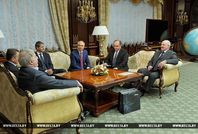 Лукашенко обсудил с руководством швейцарской компании Glencore перспективы сотрудничества с Беларусью