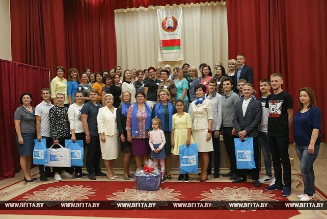 Щеткина посетила школу-интернат в Ждановичах
