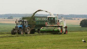 Несвижский район завершает уборку трав вторым укосом