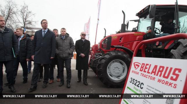 Вучич посетил выставку белорусской техники