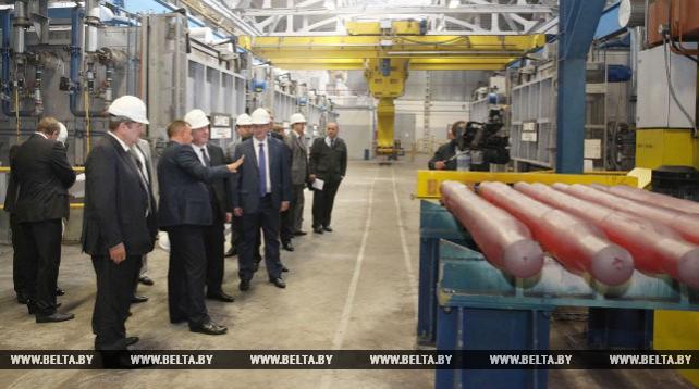 Кобяков посетил Могилевский металлургический завод