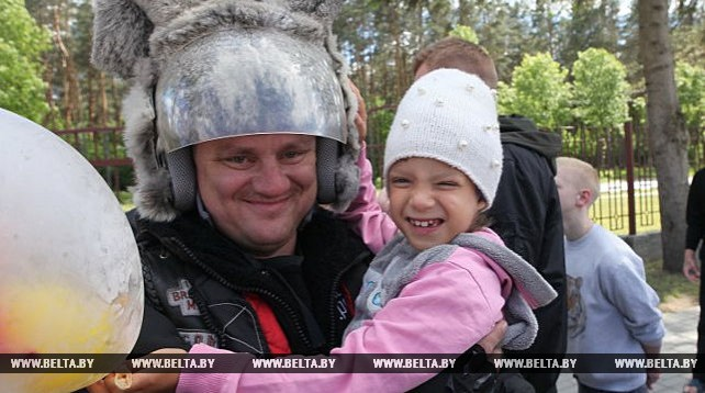 Байкеры из итальянской Пармы и белорусского Гомеля посетили с благотоврительной акцией Речицкий район