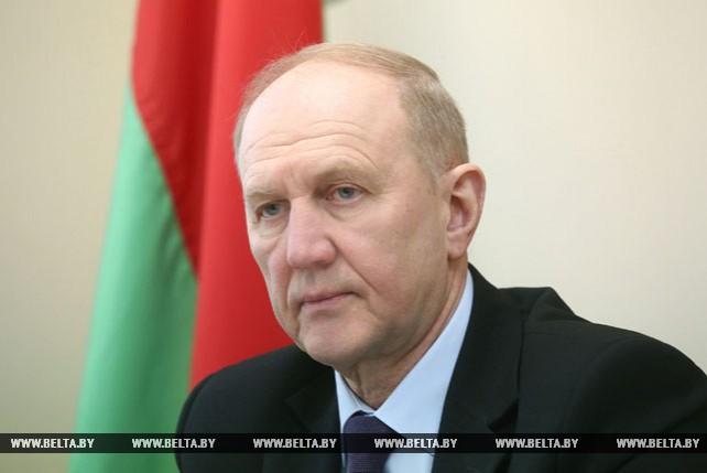 Кравцов провел личный прием граждан в Дятловском райисполкоме