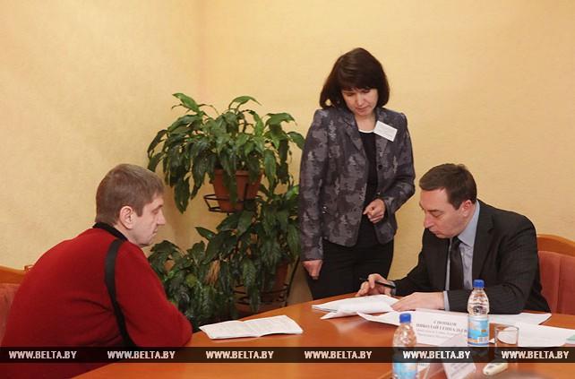 Снопков провел в Бобруйске прием граждан по вопросам реализации норм декрета №3