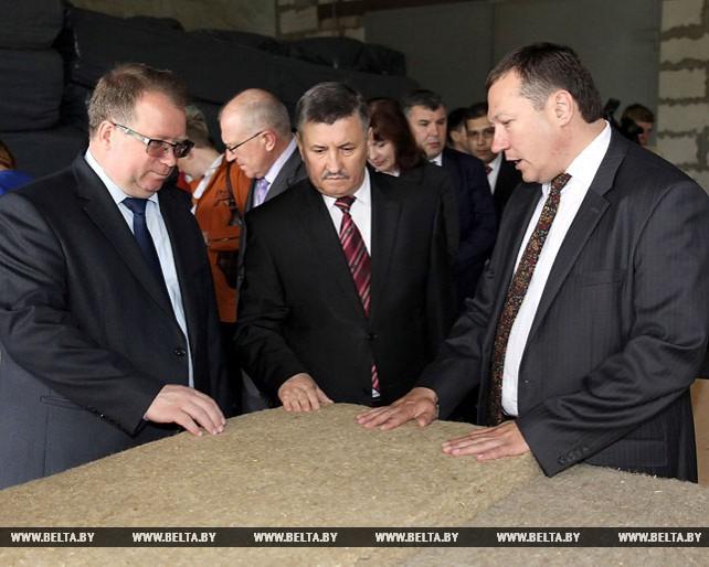 Министр экономики посетил предприятия в Оршанском районе