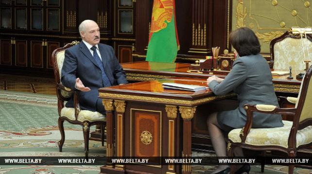 Рабочая встреча Александра Лукашенко с Натальей Кочановой