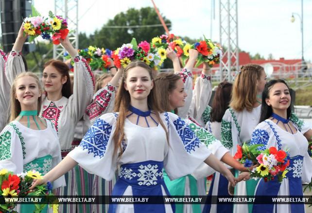 """Праздник """"Купалье"""" в Александрии стал национальным культурным символом - Жарко"""
