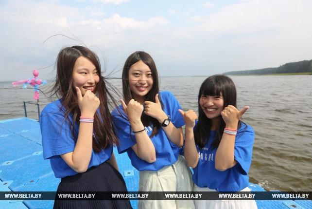 Школьники из пострадавших от стихийных бедствий районов Японии проходят оздоровление в Беларуси