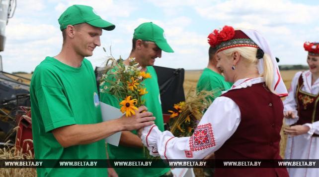 Первые экипажи-тысячники награждены в Гроденской области