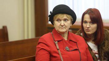 В Минске проходит судебное разбирательство по ситуации семьи минчанки, угрожавшей прыгнуть с крана