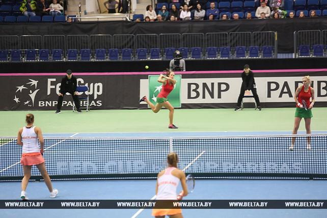 Белоруски выиграли парную встречу у теннисисток из Нидерландов и победили в четвертьфинале Кубка Федерации со счетом 4:1