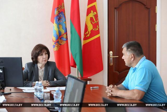 Кочанова провела прием граждан в Стародорожском райисполкоме