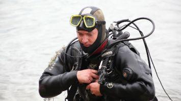 Республиканские соревнования спасателей-пловцов и водолазов проходят в Жлобинском районе