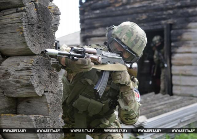 Белорусские и китайские спецназовцы провели совместную тренировку