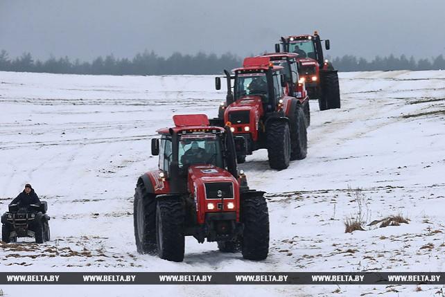 """Тракторы """"BELARUS"""" продемонстрировали мощь и выносливость в гонке Париж-Мосар"""