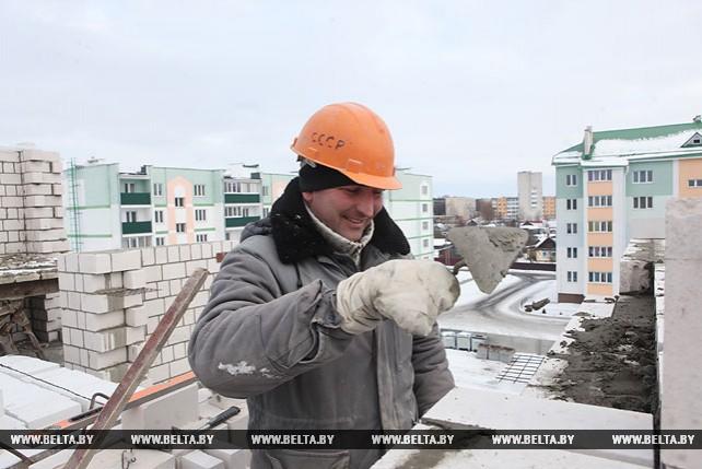 Более 15 тыс. кв.м жилья планируется построить в 2017 году в Калинковичском районе