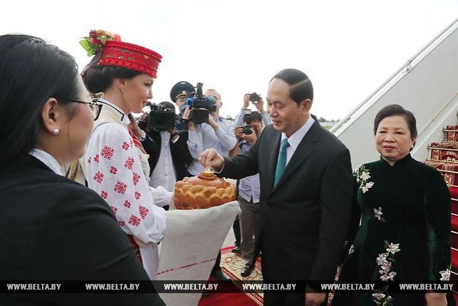Президент Вьетнама прибыл с официальным визитом в Беларусь