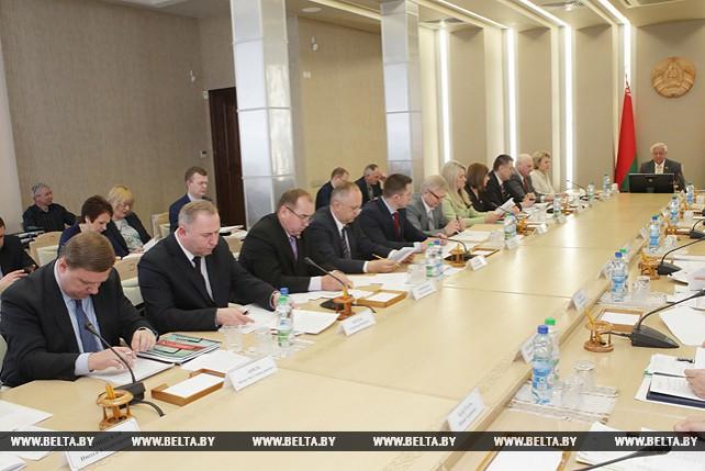 Мясникович ожидает подписания на IV Форуме регионов контрактов не менее чем на $300 млн