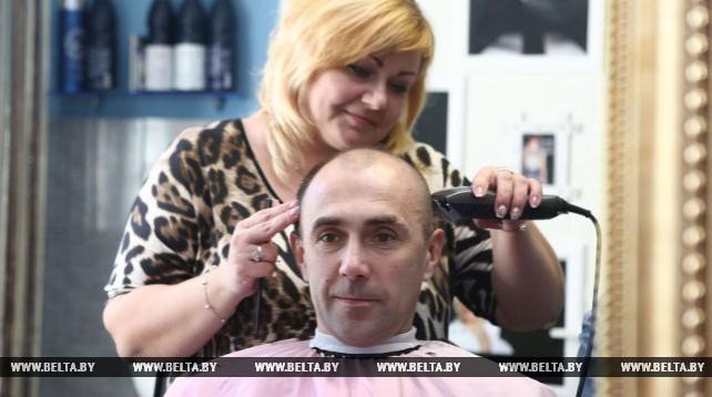 Две подруги в Гродно благодаря господдержке открыли парикмахерскую