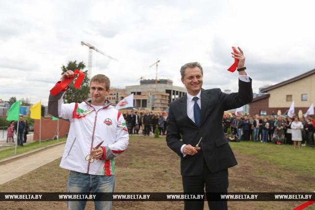 Спортплощадка для воркаута открылась в Центральном районе Минска