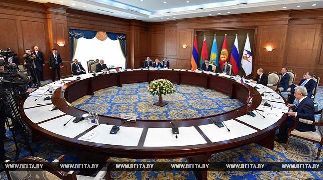 Лукашенко принял участие в заседании Высшего Евразийского экономического совета в Бишкеке