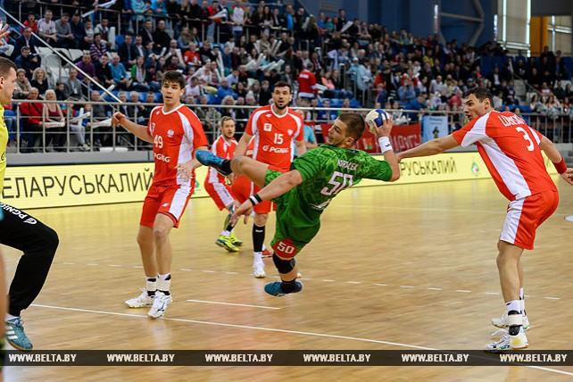 Белорусские гандболисты разгромили команду Польши в квалификации чемпионата Европы