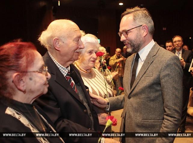 Белорусско-немецкая передвижная выставка открылась в Белорусском государственном музее истории ВОВ
