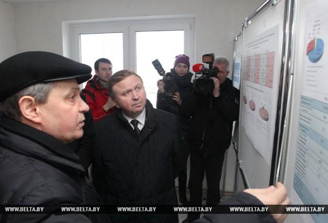 Кобяков посетил один из строящихся микрорайонов Гомеля