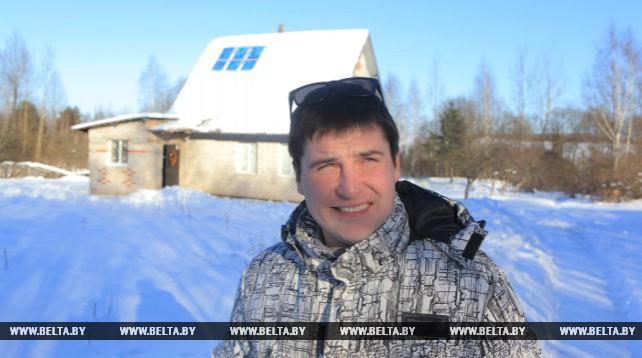 Могилевчанин собрал мини-электростанцию на солнечных батареях