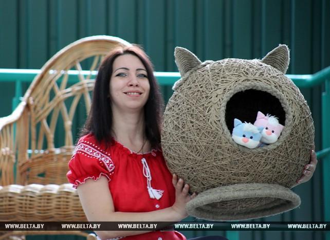 Гомельская фабрика художественных изделий экспортирует в Россию изделия из лозы