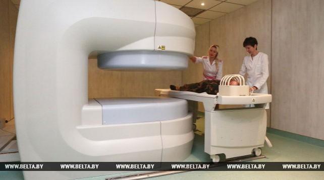 Новый аппарат МРТ установлен в военном клиническом медицинском центре в Гродно