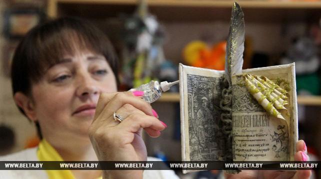Сувенирную продукцию ко Дню письменности изготовили в Новополоцке