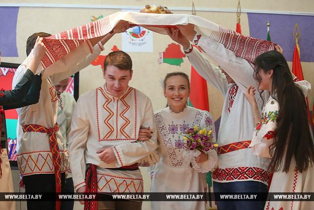 """В """"Студенческой деревне"""" прошел фестиваль национальных культур"""