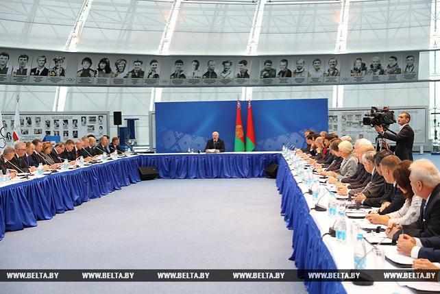 Лукашенко провел расширенное заседание Исполкома НОК по вопросу проведения II Европейских игр в 2019 году