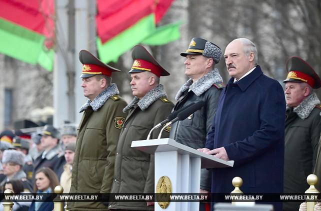 Александр Лукашенко выступил на торжественном марше в ознаменование 100-летия образования белорусской милиции