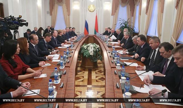 Семашко встретился с делегацией Свердловской области