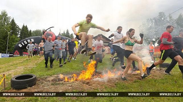 """Соревнования по гонкам с препятствиями Bison Race прошли в горнолыжном комплексе """"Логойск"""""""