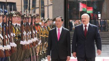 Встреча президентов Беларуси и Вьетнама проходит во Дворце Независимости