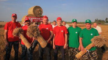 Два района Могилевской области перешагнули 100-тысячный рубеж намолота зерновых