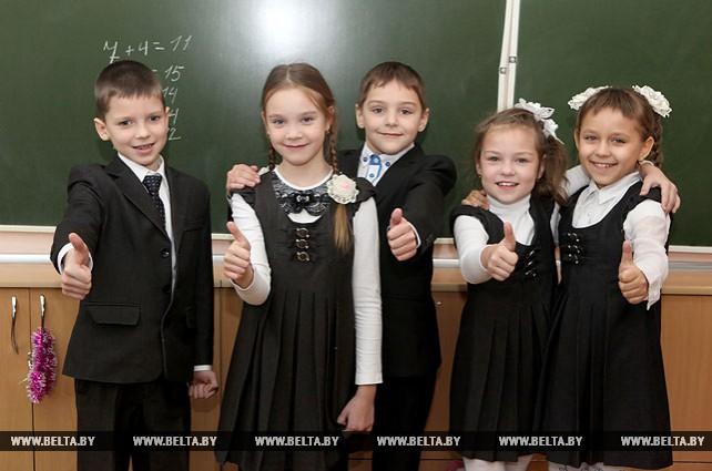 """ОАО """"Славянка"""" разработало около 20 моделей школьной одежды"""