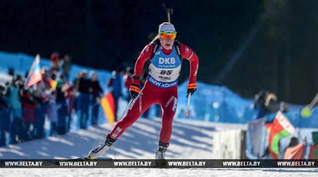 Домрачева заняла 27-е место в индивидуальной гонке на этапе Кубка мира по биатлону в Антхольце