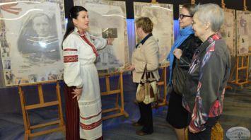 135-летие Купалы отметили в Москве выставкой и концертом