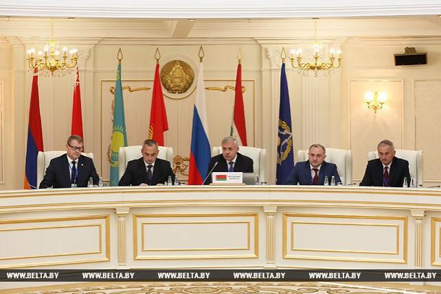 Заседание Комитета секретарей советов безопасности ОДКБ проходит в Минске