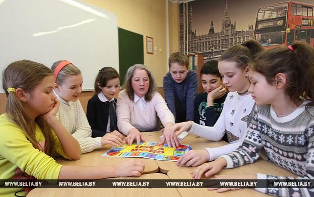 Минские школы осваивают новые формы работы с родителями и учениками в субботу