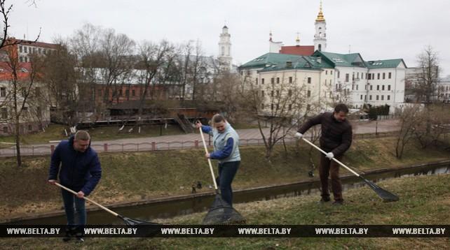 Субботник по санитарной очистке и благоустройству города прошел в Витебске